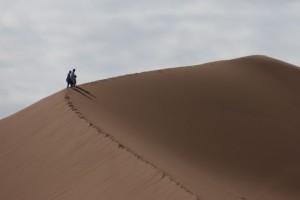 Wüste Erg Sahar Gratwanderung